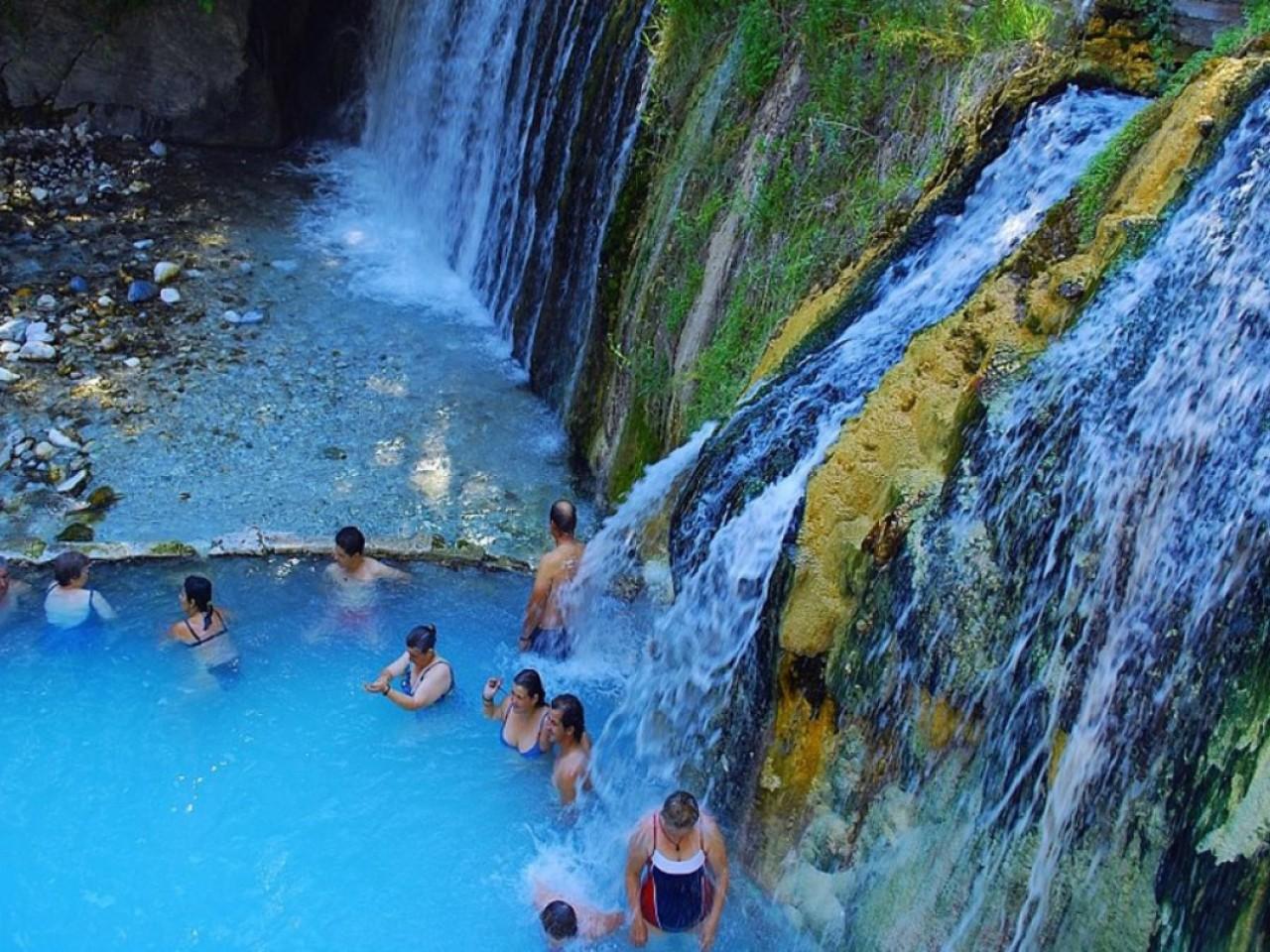 Daily tours to Aridea / Edessa – with transfer