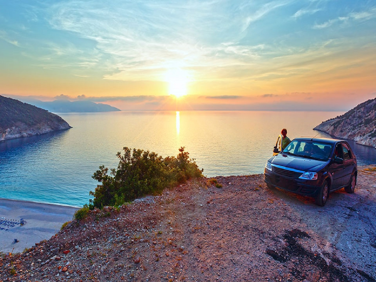 Explore Halkidiki by car
