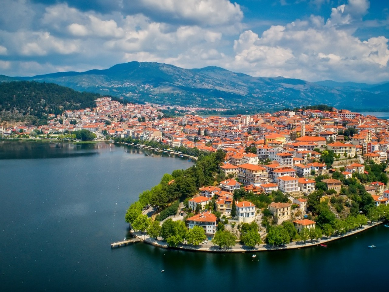 Daily tours to Kastoria – with transfer