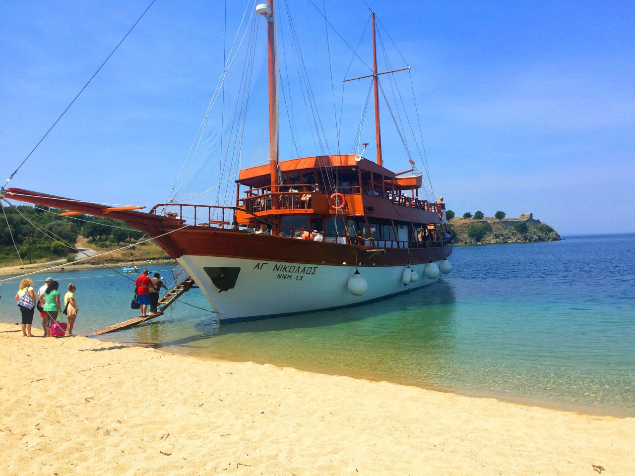 Toroneos Gulf Cruises – Boat tickets only
